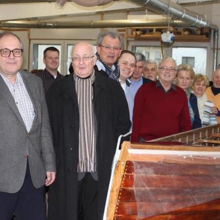 CDU-Abgeordnete besichtigen die Bootswerft in Cölbe